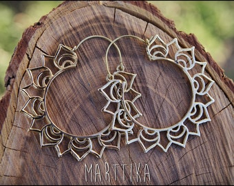 LOTUS FLOWER Brass Earrings. Bronze LOTUS flower earrings. Tribal jewelry. Ethnic jewelry.