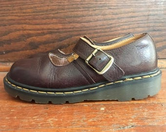 Vintage Womens DOC MARTENS Dark Brown Leather Mary Janes SHOES Size 6.5 7 Sandals