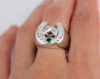 White gold plated silver 925 horse shoe ring, horse shoe ring, green diamante horse shoe ring, green cubic zirconia ring, lucky charm ring