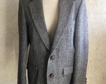 Vintage Men's Harris Tweed Black & White Herringbone Sport Coat Scottish Wool