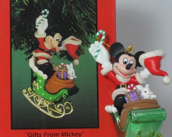 Enesco Disney Gifts from Mickey Mouse Treasury of Christmas Ornament Santa Sleigh Vintage Mickey & Co Collection Santa Claus Costume
