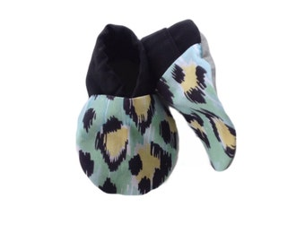 Green Leopard Print Baby Shoes