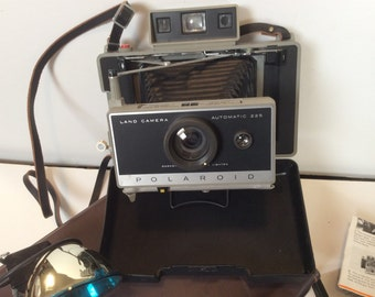 Vintage Polaroid Land Camera 225