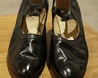 """Very Rare 1930's 2"""" Kitten Heel Womens Black and Grey Leather Size 8.5 Narrow"""