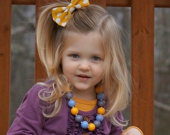 Mustard Yellow Periwinkle Blue and Gray Bubblegum Necklace, Toddler Chunky Necklace, Baby Bubblegum Necklace, Little Girl Bubblegum Necklace