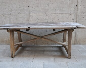 Antique Table | Galicia