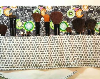 Make Up Brush Roll Up-Skull-Sugar Skull-Cosmetic Bag-Make Up Brushes-Travel-Luggage-Green-Gray-Flowers