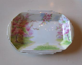 ENGLAND ROYAL ALBERT Tray