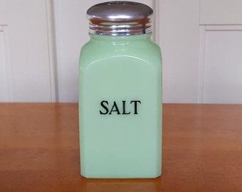 Jeannette Jadeite Square Salt Range Shaker - 1930 - Vintage