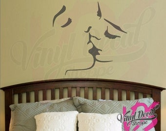 Sexy Wall Decal, Couple Kissing Decal, Kissing Wall Decal, Sexy Bedroom  Decal,