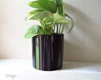 Simple cylinder planter, eggshell white, dusty blue, glossy black, simple modern vase