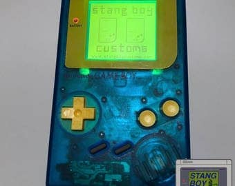 Nintendo Game Boy (Atomic Blue) - Customized with yellow (Bivert Mod) backlight and yellow NES-style plastic buttons