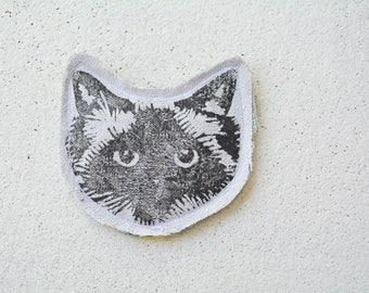 Silver Grey Cat Face Pin Brooch. Birman Ragdoll. Fabric. Upcycled textiles.