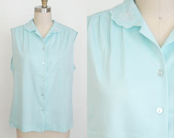 1970's Baby Blue Sleeveless Blouse - Button Up - Peter Pan Collar  - Chain Stitching - Shell Tank - Collar - Women's Large