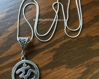 """OM Necklace  / Silver sterling """"Snake"""" chain / AUM pendant necklace / Tribal charm / Yoga zen jewelry / Tribal jewel / Spiritual necklace /"""