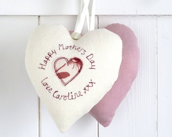 Hanging Heart Decoration - Personalised Mother's Day Heart - Mothers Day Gift - Birthday Gift For Mum - Gift For Grandma - Birthday Gift