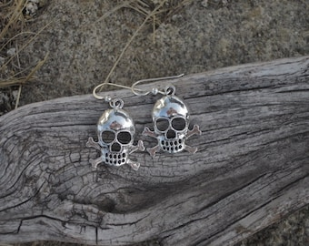 Skull & Crossbones Earrings - #