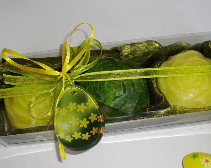 Unusual Easter Gift Set, Luxury Vegan Scented Soaps, Handmade Yellow Green Glass Egg, Easter Hostess Gift, Party Gift Idea, Festive ornament