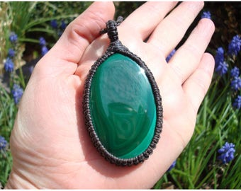 Malachite Necklace/Surrender/Green Stone Pendant/Macrame Jewelry/Release/Gaia/Malachite Jewelry/Nature Necklace/GaiasGiftsToUs/Earth Jewelry
