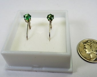 4mm. Natural Tsavorite Garnet Silver Earrings.