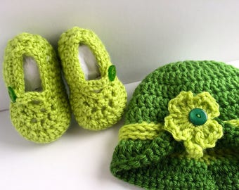 St. Patrick's Day Newborn Hat and Bootie Set, Crochet Baby Hat and Booties, Shamrock, Photo Prop