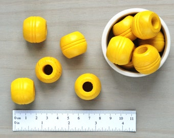 Macrame Beads // Large Wooden Yellow Beads // Vintage Wood Beads // Large Hole Beads // Pack of 5 // W082