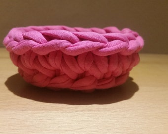 crochet basket - tiny, hot pink, spaghetti yarn