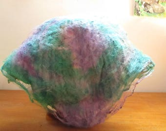 Squares of silk spinning and felting 11 gr