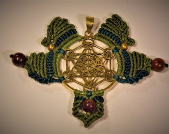 Metatrons cube handmade pendant with brass and red jasper stones in full green tones, hand knotted