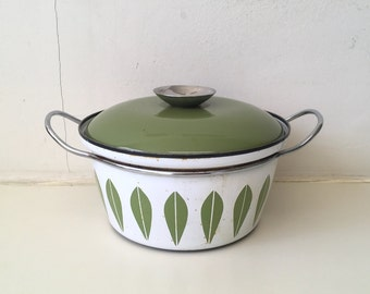 Cathrineholm Enamel Green White Dutch Oven Avocado Casserole Norway Mid-Century Vintage Retro Kitchen Catherineholm Norwegian Scandinavian