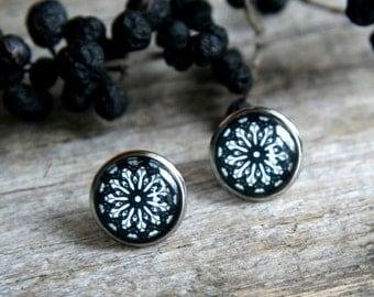 Black and white mandala earrings, black and white earrings, polish folk earring