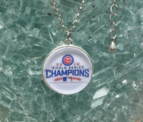 Chicago Cubs Championship Necklace, doublesided flat glass