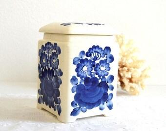 vintage blue white floral canister lidded jar kitchen storage kitchen container