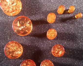 Pair of Synthetic Amber Plugs (25mm, 22mm, 19mm, 16mm, 14mm, 12mm, 10mm, 8mm, 6mm, 5mm, 4mm)