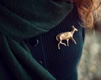 Doe Bronze - 3D printed  Polygonal Brooch