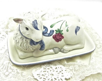 USA ONLY SHIPPING Adorable Lamb butter dish Christmas gift 1/4 Lb Lamb Lenox Covered Butter in Poppies on Blue Barnyard collection