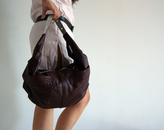 Door recycled leather shoulder handbag