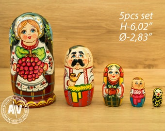 "Matryoshka Russian dolls Wooden nesting dolls Home Decor Nesting dolls for kids Handmade gifts Russian stacking dolls with dog 4,7""12cm 5pcs"