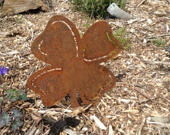Rusty Metal Four Leaf Clover/ Rusty Shamrock gift / Lucky Charm / Handmade Rusty Metal Art/ Garden Leaf / Irish Gift / St Patrick