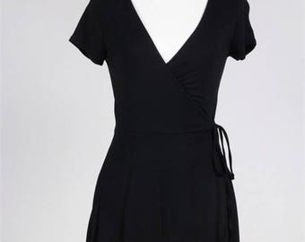 Short Sleeve Wrap Dress/Deep V Plunging Neckline Knit Dress/Summer Knit Women Dress/ ( + Colors )
