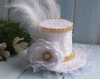 Mini Top Hat Headband Wedding Hat White Mini Top Hat Mad Hatter Hat Gold Mini Hat Tea Party Hat Alice in Wonderland Top Hat Fascinator