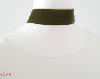 Choker collar necklace velvet Green Gold Choker
