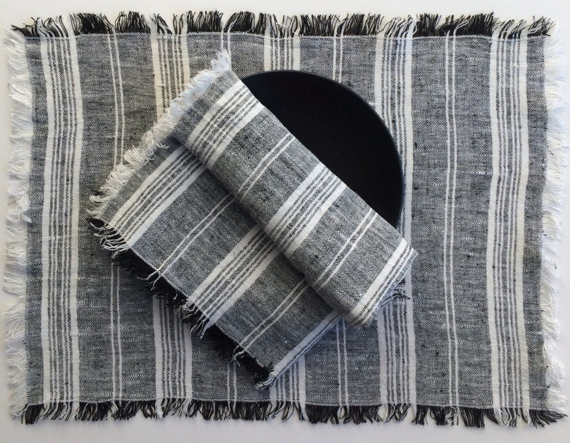 set of linen placemats black and white placemats by linenstars. Black Bedroom Furniture Sets. Home Design Ideas
