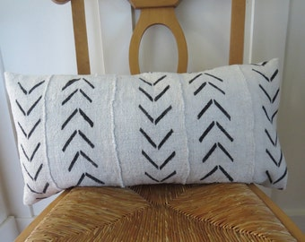 White Vintage African Mud Cloth Pillow Cover, Lumbar Pillow, 12 x 24