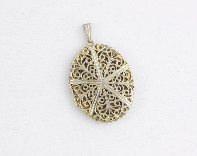Vintage filigree locket pendant, Virgin Mary pendant, Devotional Catholic religious jewelry, Baptism confimation gift, photo locket