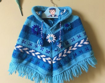 Childs vintage poncho / vintage poncho. Chunky knit poncho / baby poncho Hooded. 1970s blue & white. Festival, beach cover up, age 3 - age 4