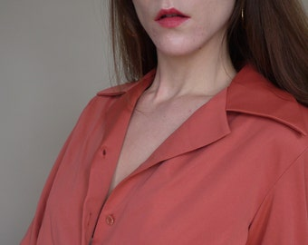 70's Coral Point Collar Button Up Blouse