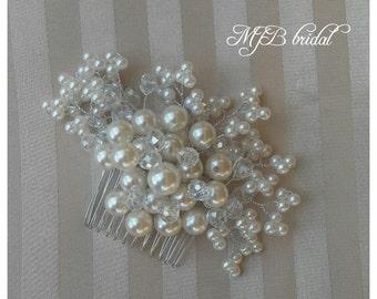 Bridal hair comb, pearls and crystal comb, pearl hair comb, wedding hair comb, elegant hair comb, metal hair comb, bridesmaid hair comb,comb