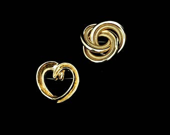 Set 2 60's Gold Brooches    GJ2522