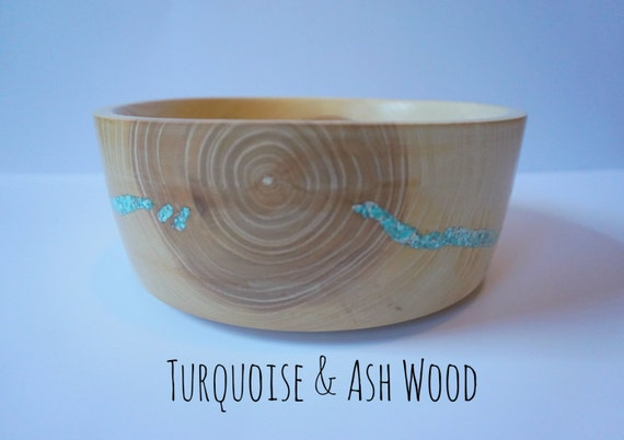 Ash wood and turquoise bowl centerpiece wedding